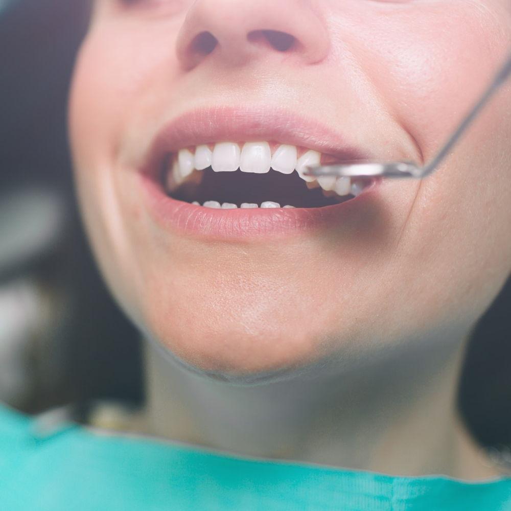 leczenie kanałowe w gabinecie stomatologicznym Dentysta Toruń